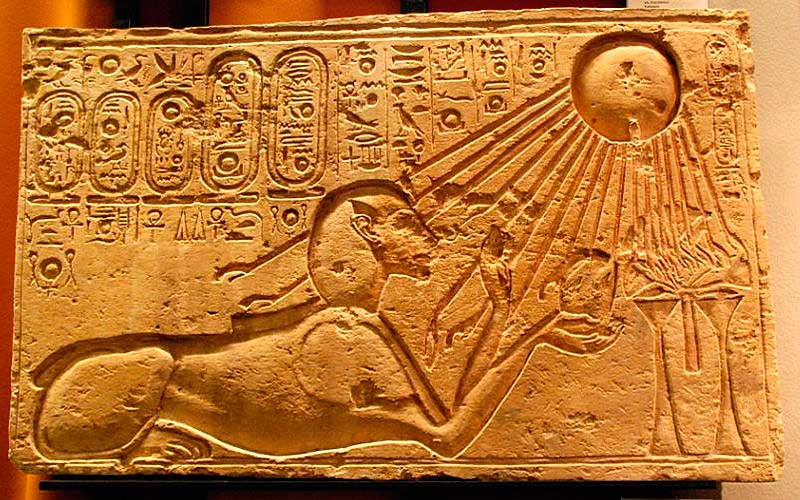 эхнатон фараон фото